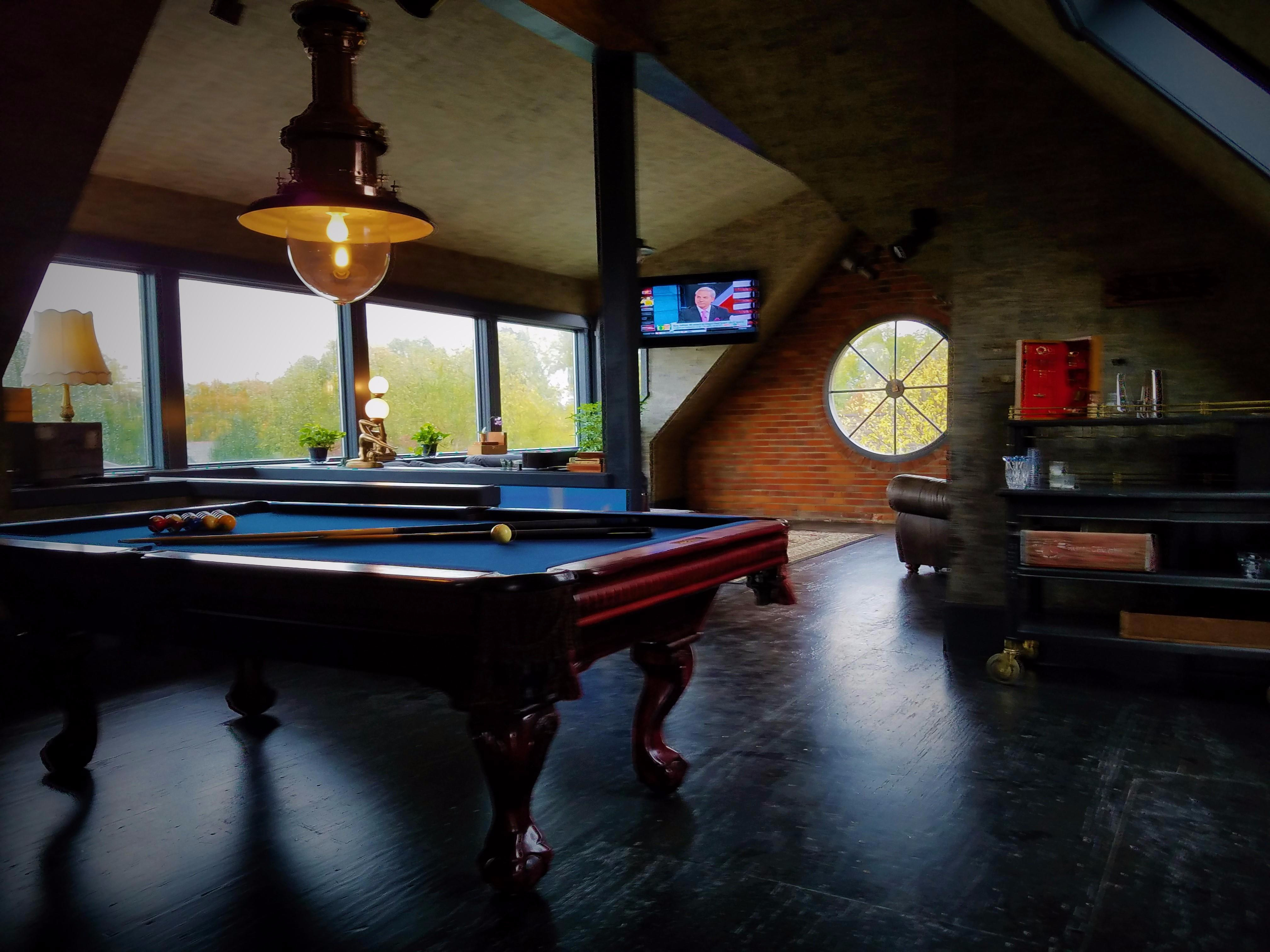 Goodfellows Tonsorial Parlor In Columbus OH Vagaro - Pool table movers columbus ohio